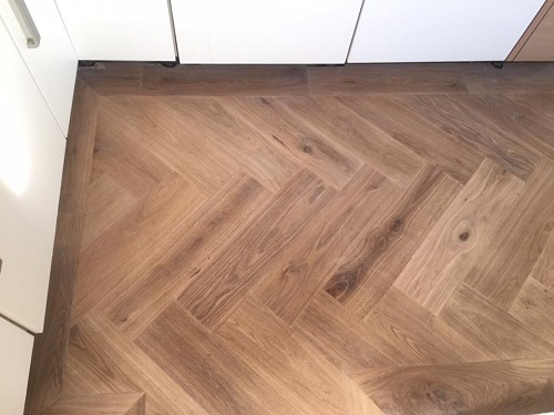 Visgraat Vloer Keuken : Van winden vloeren studio