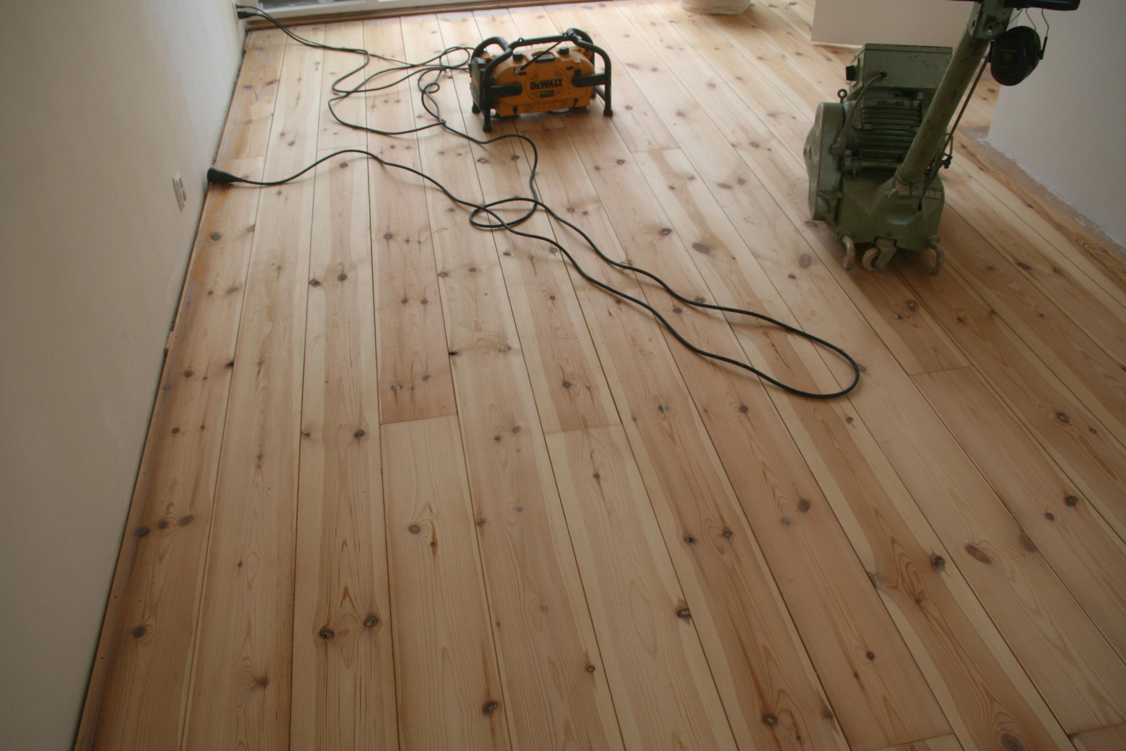 parket laminaat famlie amsterdam schuren lariks hout